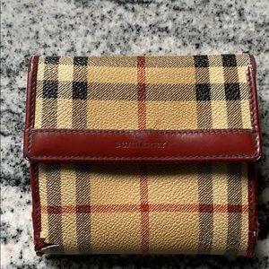 Burberry London destroyed wallet nova check